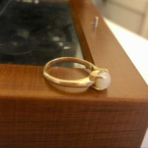 Jewelry - Genuine 14k Gold R&F Pearl Ring